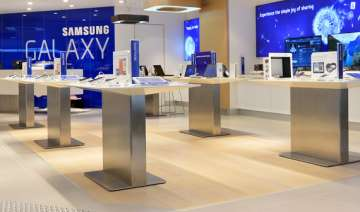 samsung reports record high profit for q3 - India...