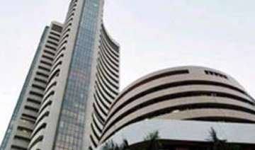 sensex at 1 week high up 324 pts on improved cad...
