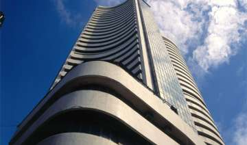 sensex down 120 pts in early trade on weak rupee...