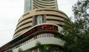 sensex gains amid fresh buying by funds - India TV