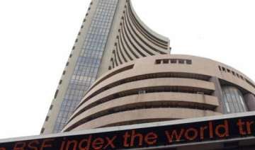 sensex falls 121 pts on inflation growth concerns...