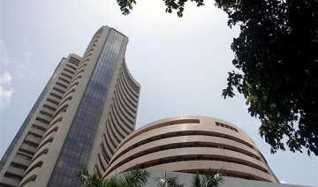 sensex up 360 pts to 2 week high on fii inflows...
