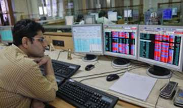 sensex up 363 pts on easing concerns over rates...