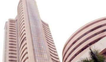 sensex gains 61 pts amid hopes of speedy reforms...