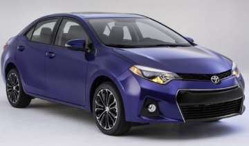 sporty new corolla aimed at youthful buyers -...