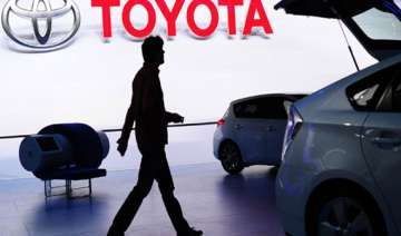toyota india suspends 17 workers - India TV