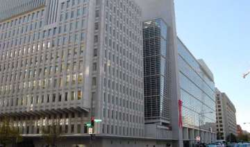 world bank cuts india s growth forecast to 4.7 -...