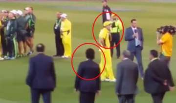 watch how glenn maxwell came running to hug...