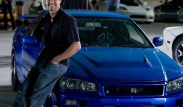 perfect video tribute to paul walker in furious 7...