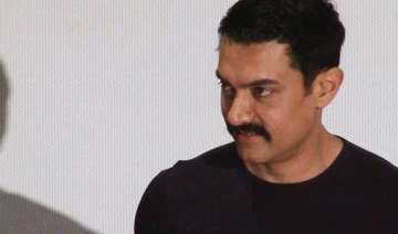 aamir would like to write autobiography - India TV