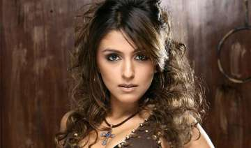 aarti chhabria s jhalak... innings ends - India TV