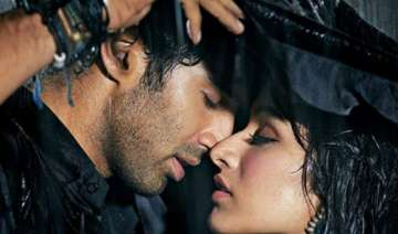 aashiqui 2 success unbelievable aditya s brother...