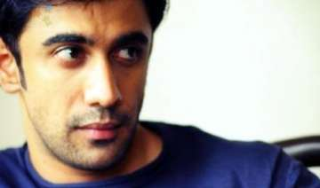 amit sadh gearing up for 31st birthday bash -...