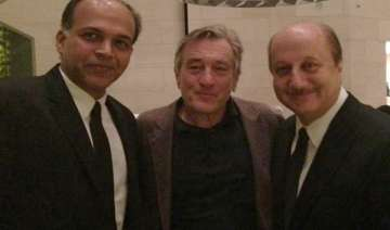 anupam kher bonds with robert de niro at silver...