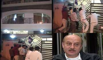 anupam kher s house attacked 11 rpi activists...
