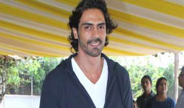 arjun rampal plans to produce a biopic - India TV