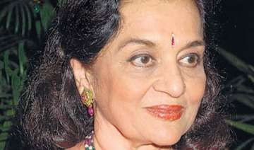 after lata mangeshkar asha parekh death rumors...