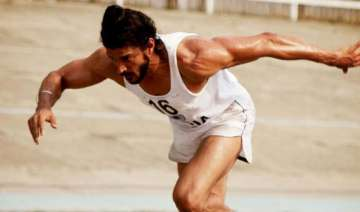 bhaag milkha... races ahead of new releases -...