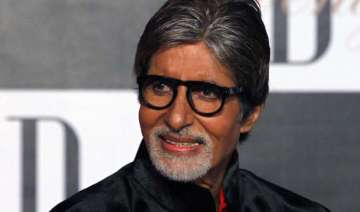 big b observed earth hour - India TV
