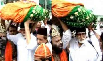 big b offers prayers at ajmer sharif after 40...