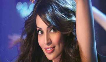 bipasha gets over a million twitter followers -...