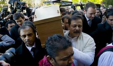 dev anand given a tearful farewell amid rich...