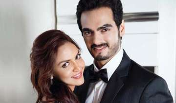 esha deol dismisses pregnancy rumours - India TV