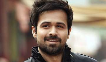 i will continue to take risks in bollywood emraan...