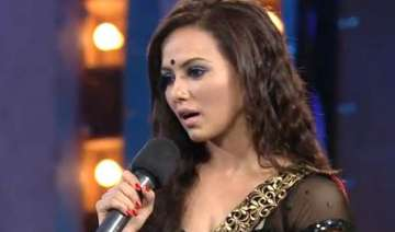 revealed sana khan is the 5th contestant of bigg...