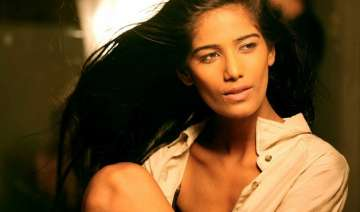 poonam pandey back in action - India TV
