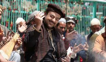 pakistani singer adnan sami s stay in india...