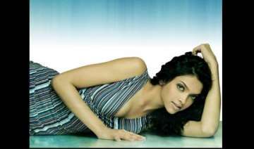 after sea diving deepika wants to learn sky...
