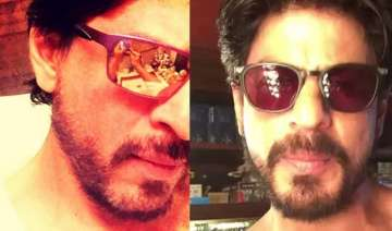 shah rukh khan goes shirtless to thank fans for...