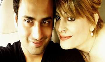 omg bobby darling to tie the knot with bhopal...