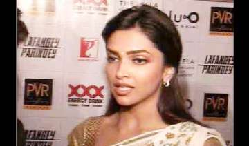deepika gets proposed in delhi says no - India TV