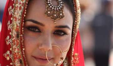 confirmed preity zinta to have twin wedding with...