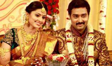 kollywood actress sneha pregnant expecting first...
