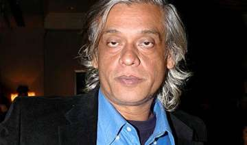 sudhir mishra to make sports based film - India TV