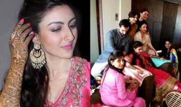 soha ali khan s mehendi ceremony bride along with...