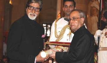 amitabh bachchan expresses gratitude and love for...