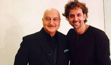 anupam kher jealous of hrithik roshan - India TV