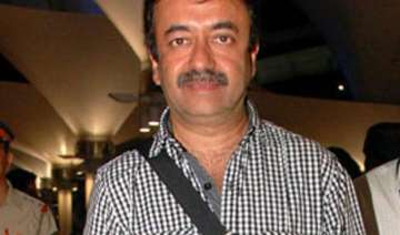 pk director raju hirani injured in an accident...