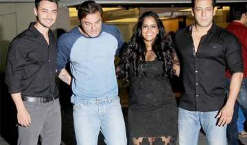 salman khan hosts a grand birthday bash for...