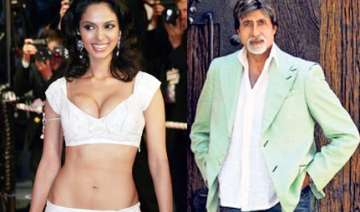 mallika signs film with amitabh - India TV
