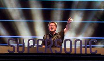 vh1 supersonic 2014 all ends on adrenaline...