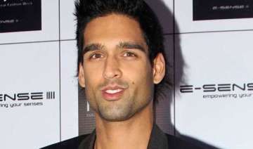 siddharth mallya signs second feature film -...