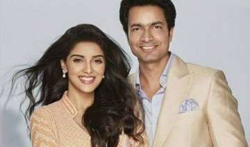 actress asin set to marry beau rahul sharma dates...