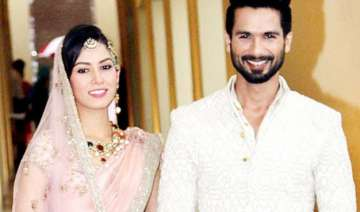 here s how shahid kapoor is pampering his wife...