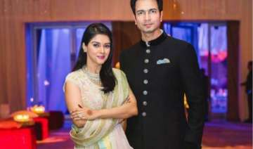 asin reveals how she met her perfect man rahul...