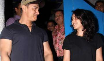 aamir khan buys daughter ira s painting - India TV